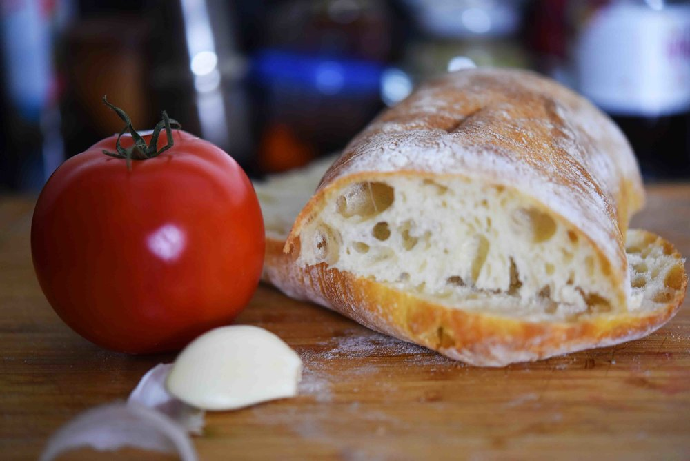 Charred Tomato Garlic Bread 1.jpg