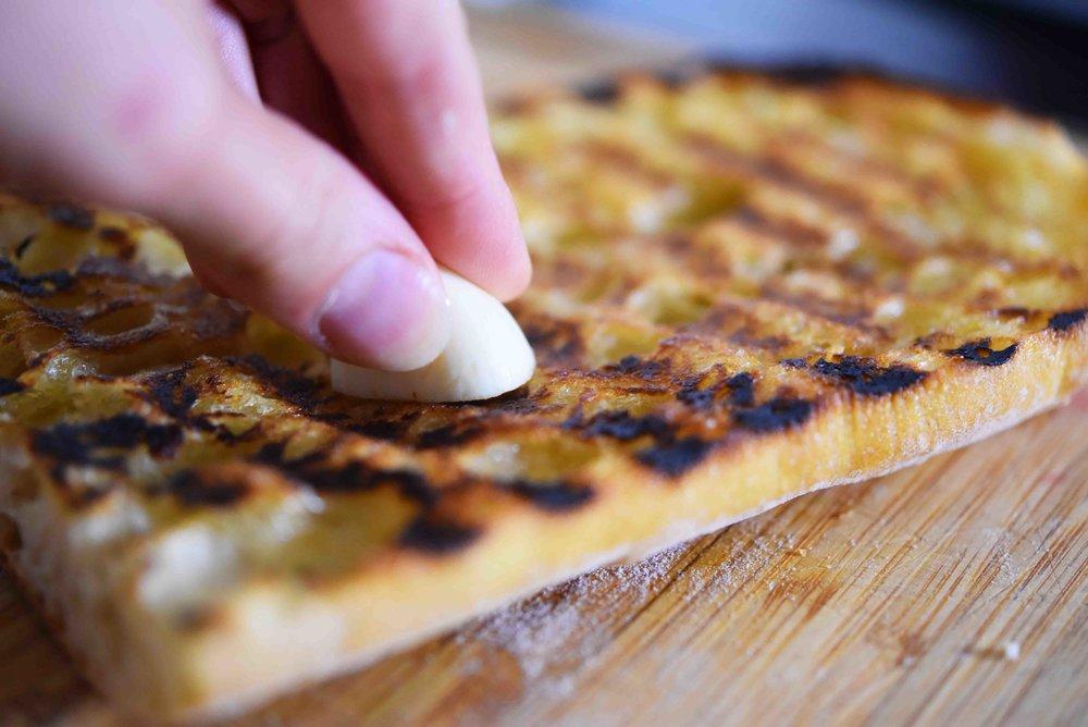 Charred Tomato Garlic Bread 4.jpg