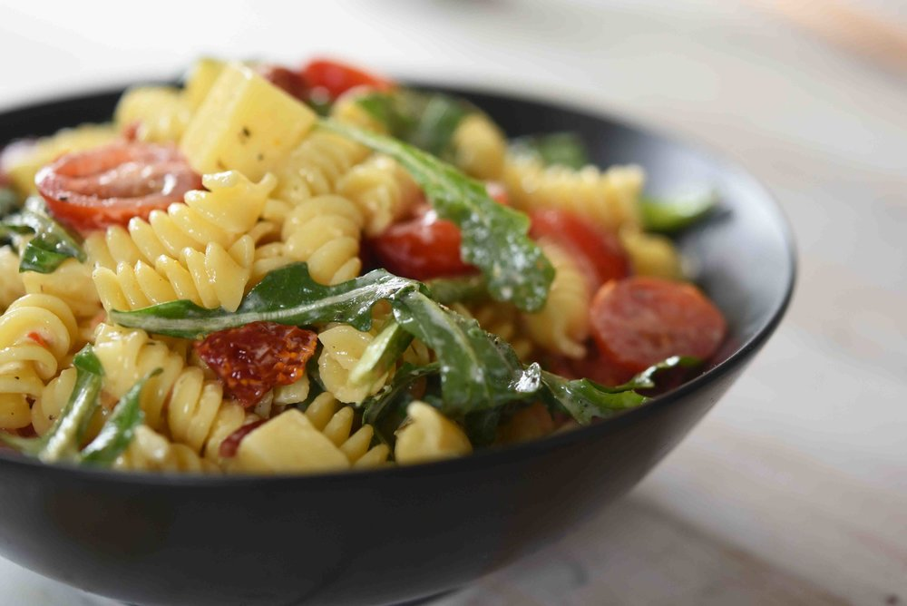 Tomato Cheddar Lemon Aioli Pasta Salad 7.jpg