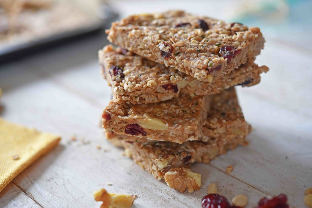 No-Bake Granola Bars 9(1).jpg