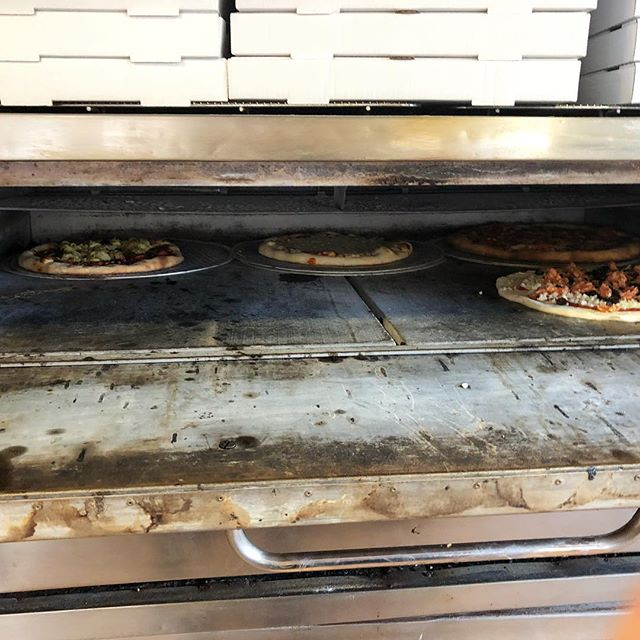 One of our 6 extra hot, makes pizza really fast, ovens 😍🍕 Which one is yours?