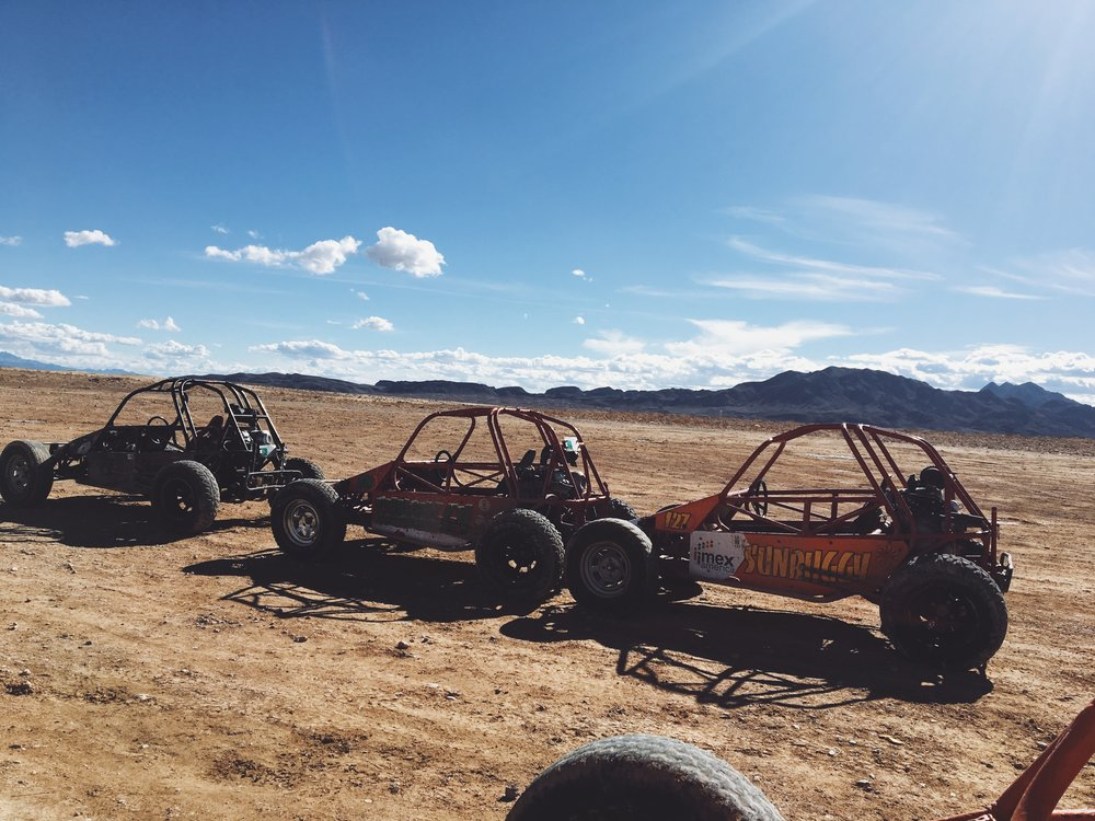 las-vegas-dune-buggy-2.jpg