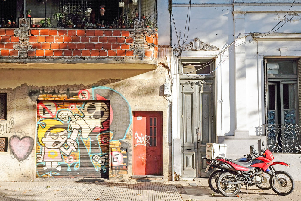 billy-and-mandy-street-mural-old-architecture-palermo-buenos-aires.jpg