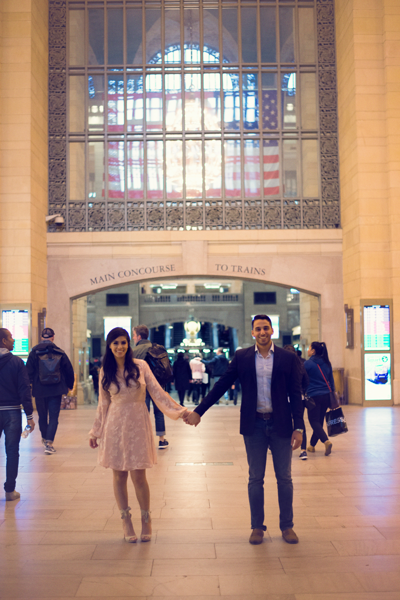 nyc wedding photographer _ couples engagement shoot in grand central station00148.jpg
