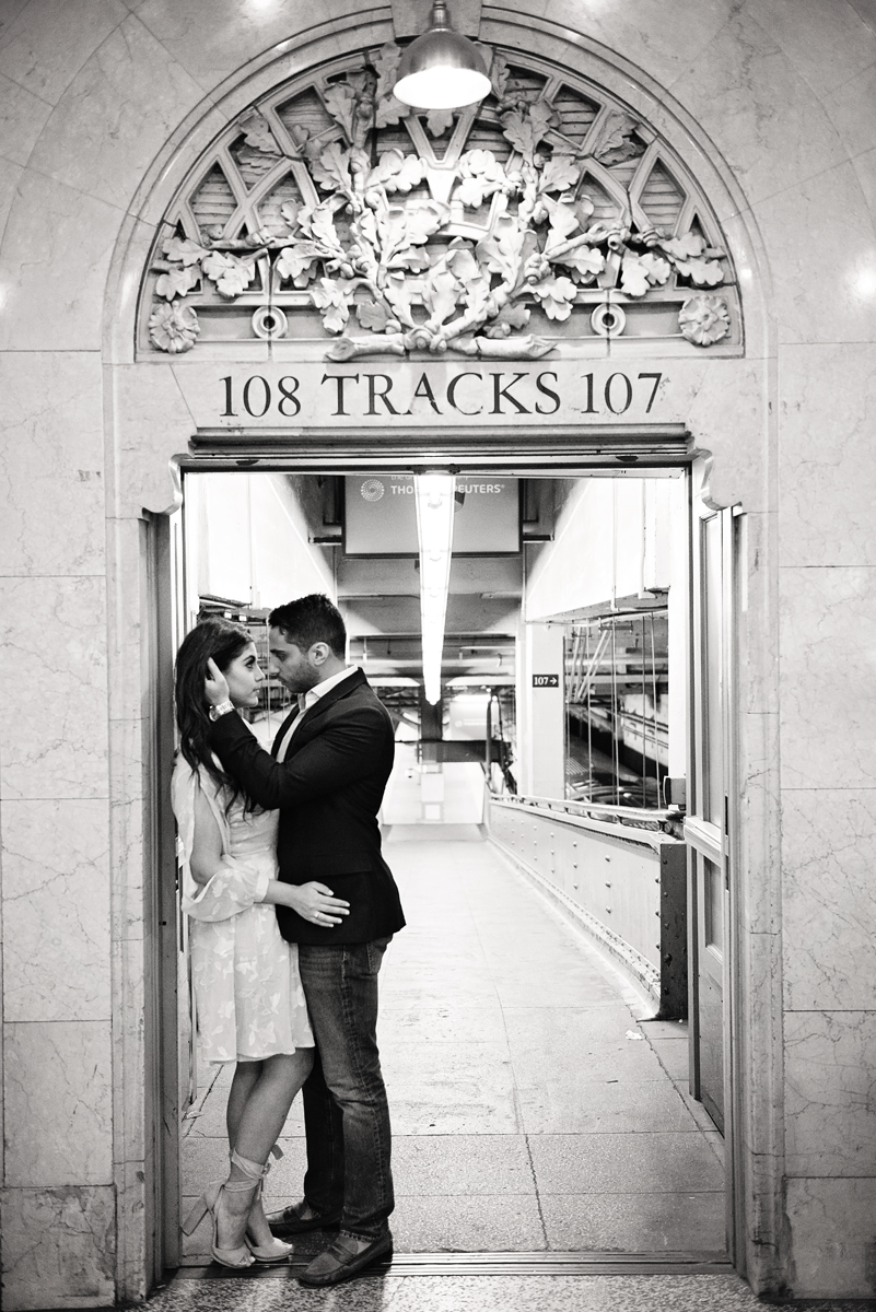 nyc wedding photographer _ couples engagement shoot in grand central station00154.jpg