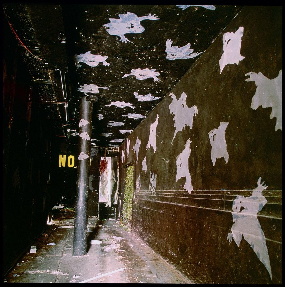 Ghost Corridor, Lai Yuen Amusement Park, 1997