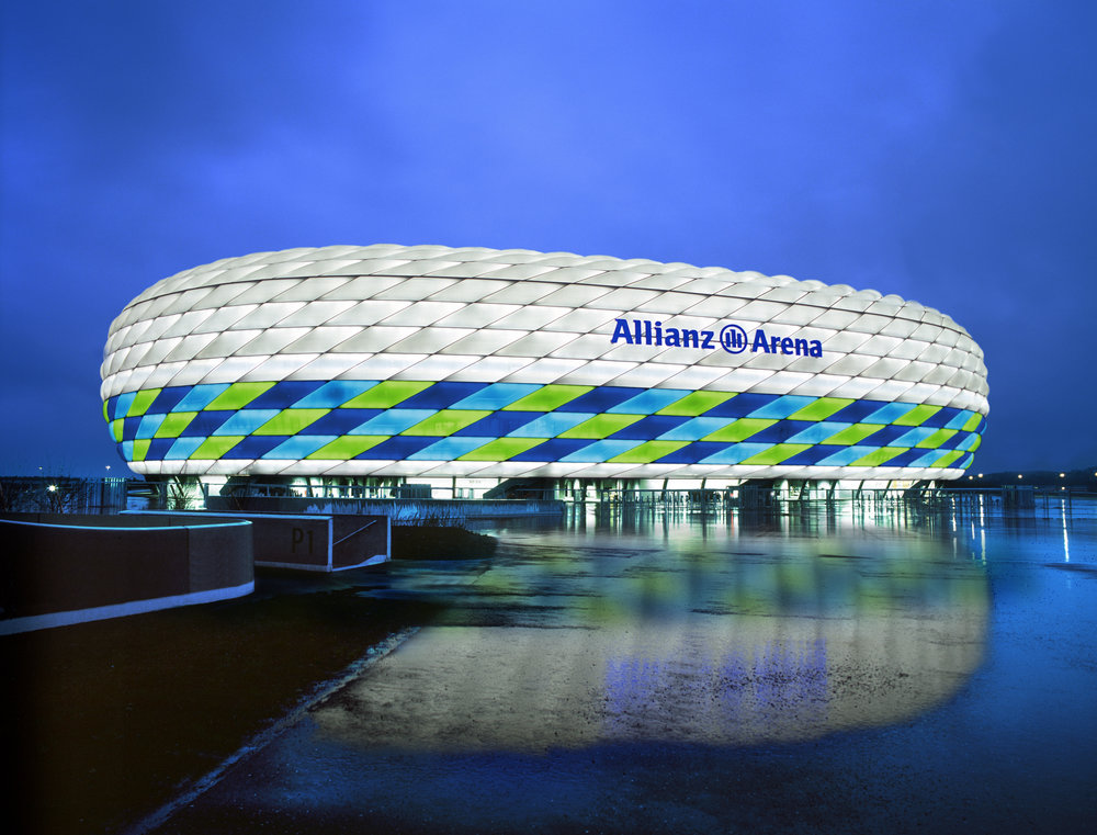 allianz_arena_views_44_72dpi.jpg