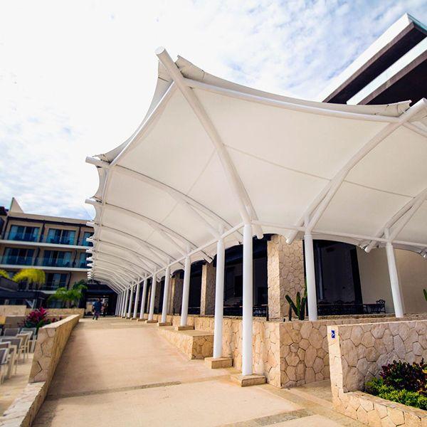 royalton-hotel-2-membranes-us.jpg