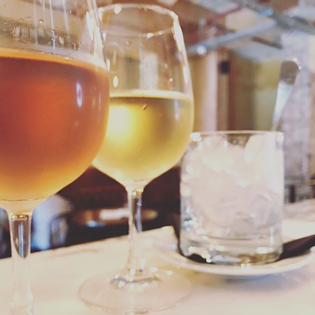 • Rainbow ... After the Rain •  #sydneybars #sydneylife #darlinghurst #cheers #drinks #wine #winelover #enjoy #cincin #😉