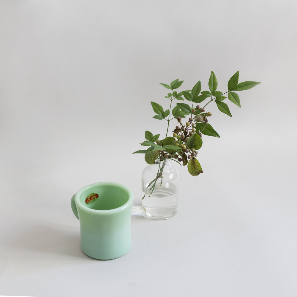 Fire-King Heritage Extra Heavy Mug with Flowers HK$1,180