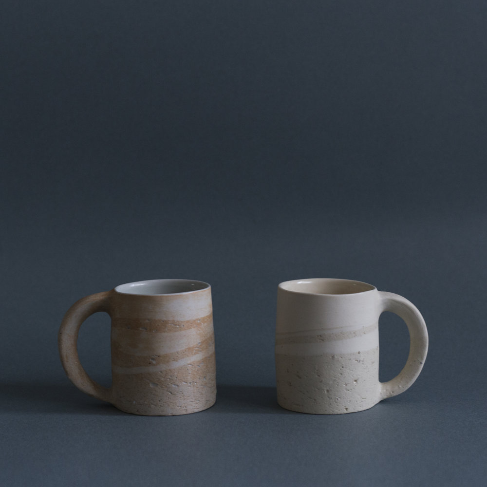 A Pair of Fujii's Mugs with Flowers HK$1,680