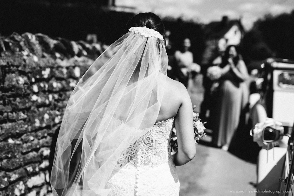 The detail of the back of a beautiful wedding dress