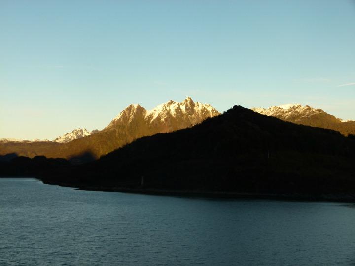 Trollfjord1