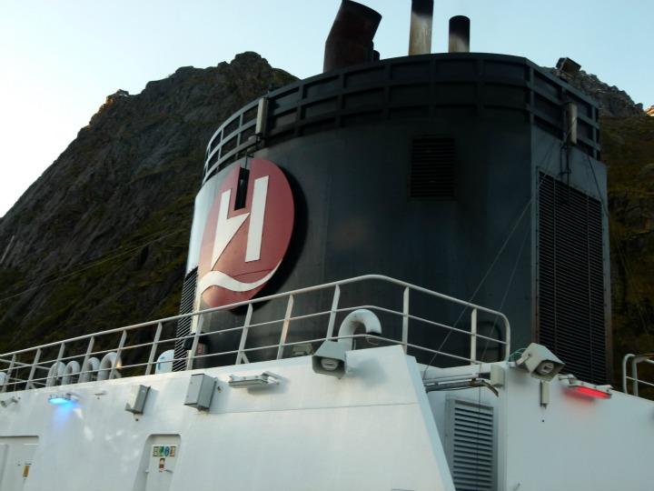 Trollfjord14