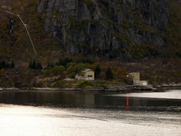 Trollfjord23