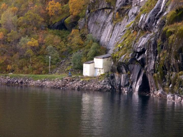 Trollfjord24