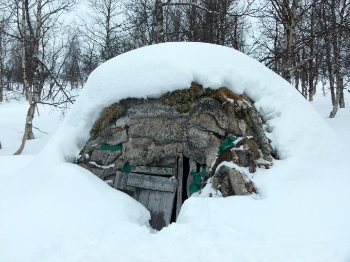 Swedish-Cabin-23.jpg