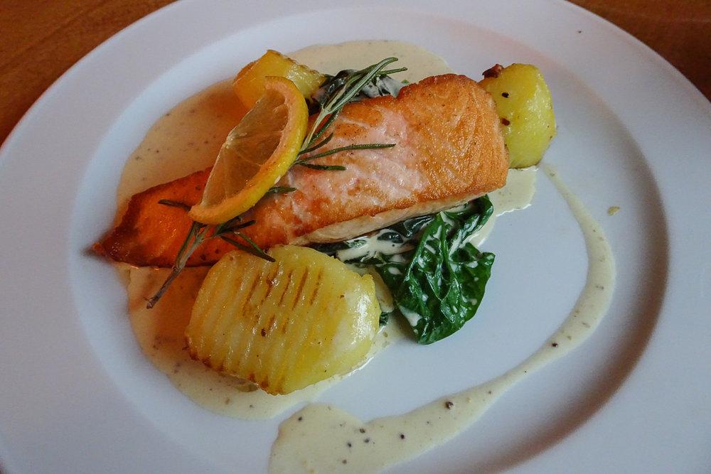 munch's hus berlin schöneberg deutschland's einziges norwegisches restaurant