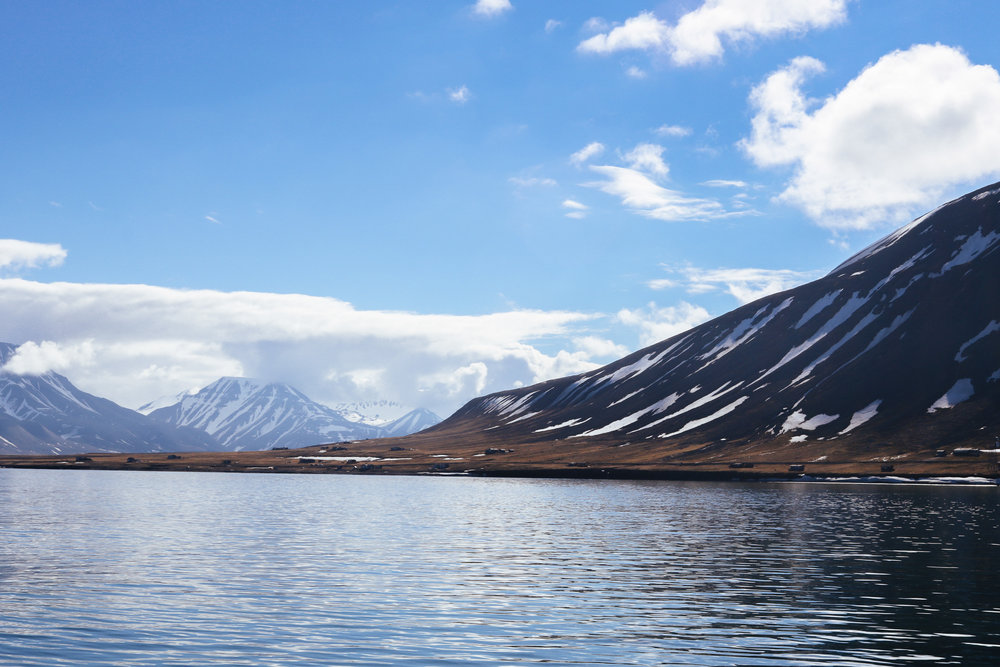 boat tour svalbard