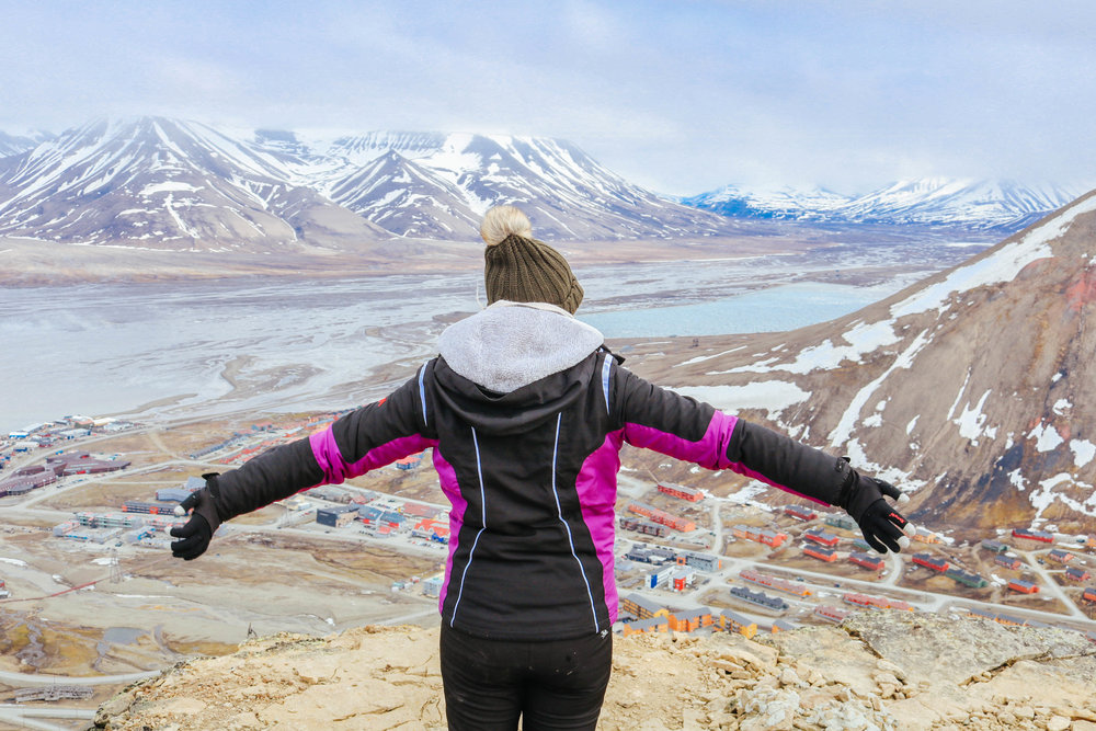 hiking trip in svalbard