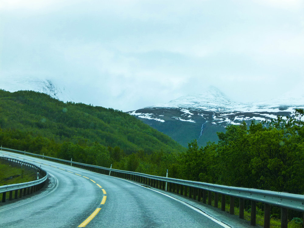 travel to tromsø in summer