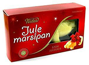 nordic-scandinavian-christmas-gift-ideas-2-ConvertImage.jpg
