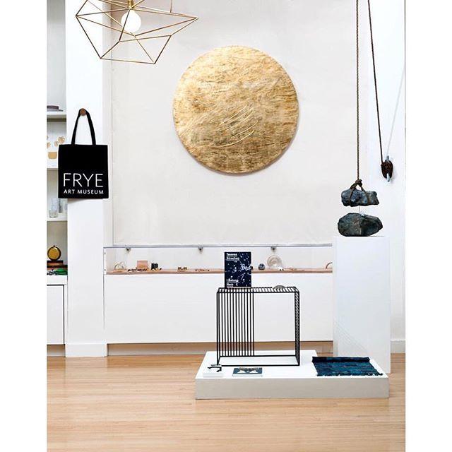 Love this photo from @fryemuseumstore with the Large Spica in brass and a black Wire Side Table.