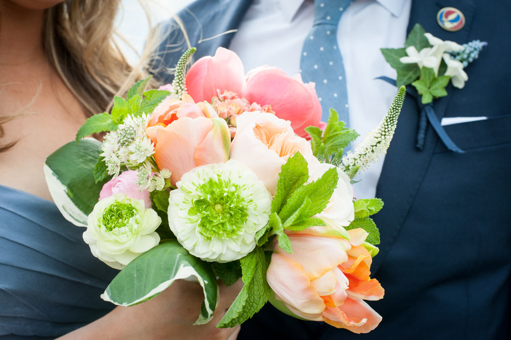 bridesmaid flowers.JPG