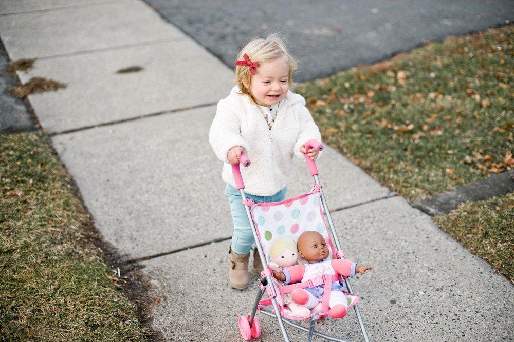 walking babies 1.jpg