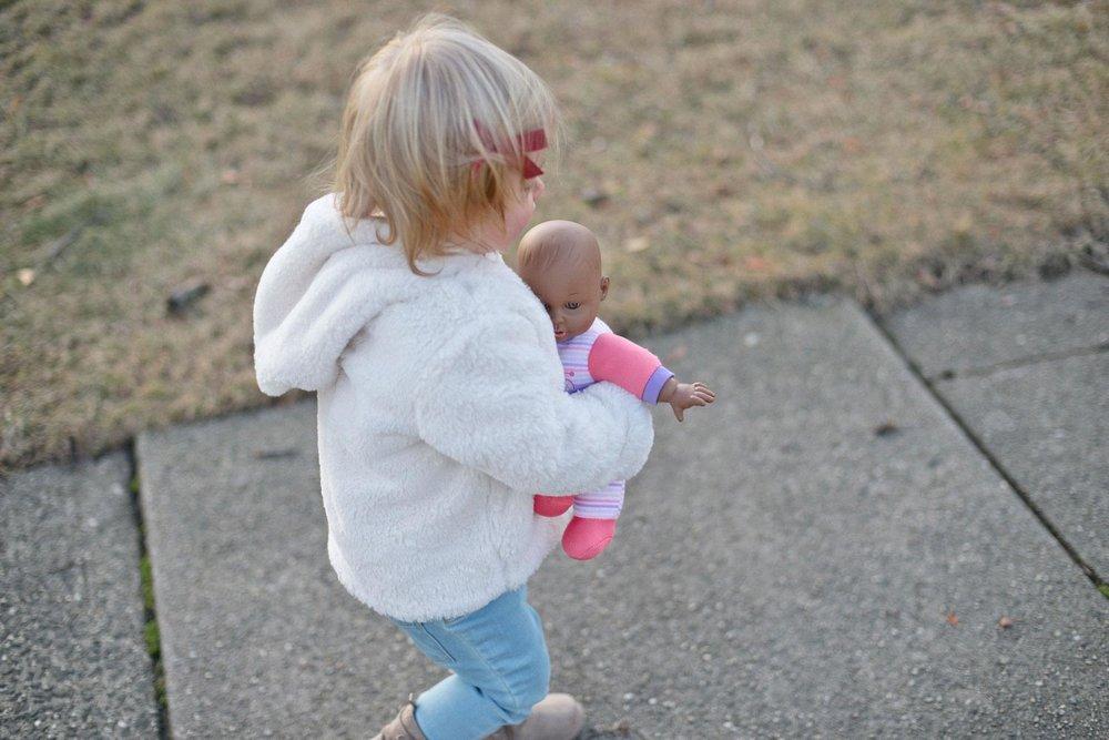 walking babies 4.jpg