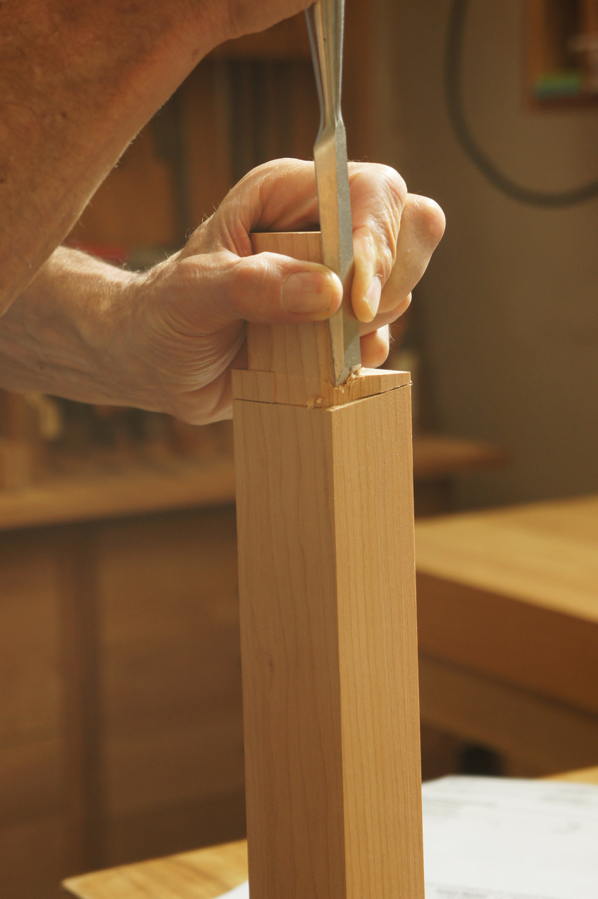 Mortise and tenon joinery by hand furnituremaking