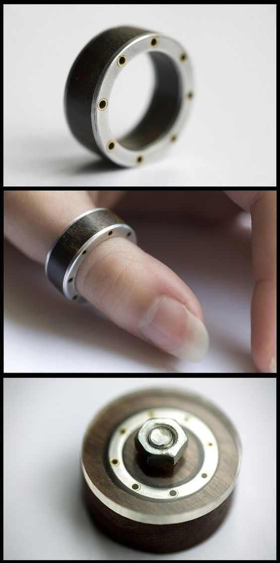 Steampunk Ring - Size Small Q8.jpg