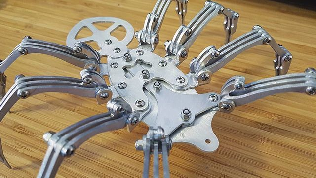 My first all metal robot sculpture is coming on really well! Up to this point, this piece has 178 individual components! I'm only about half way through and it's already my most complex piece! Can't wait to start adding some detail!