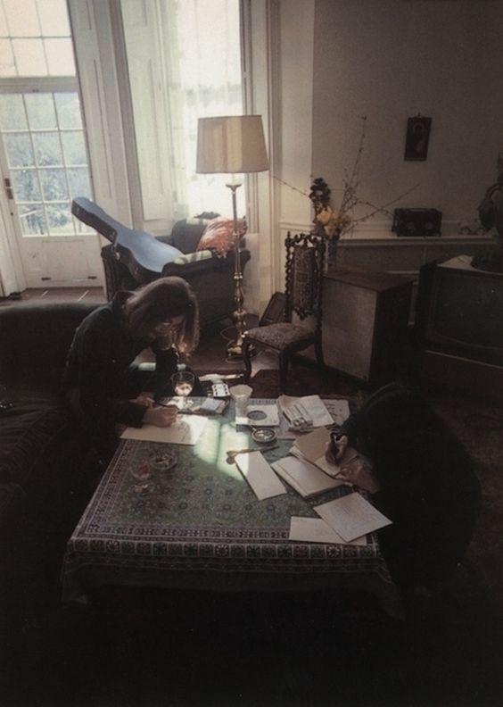 John Lennon + Oko Ono