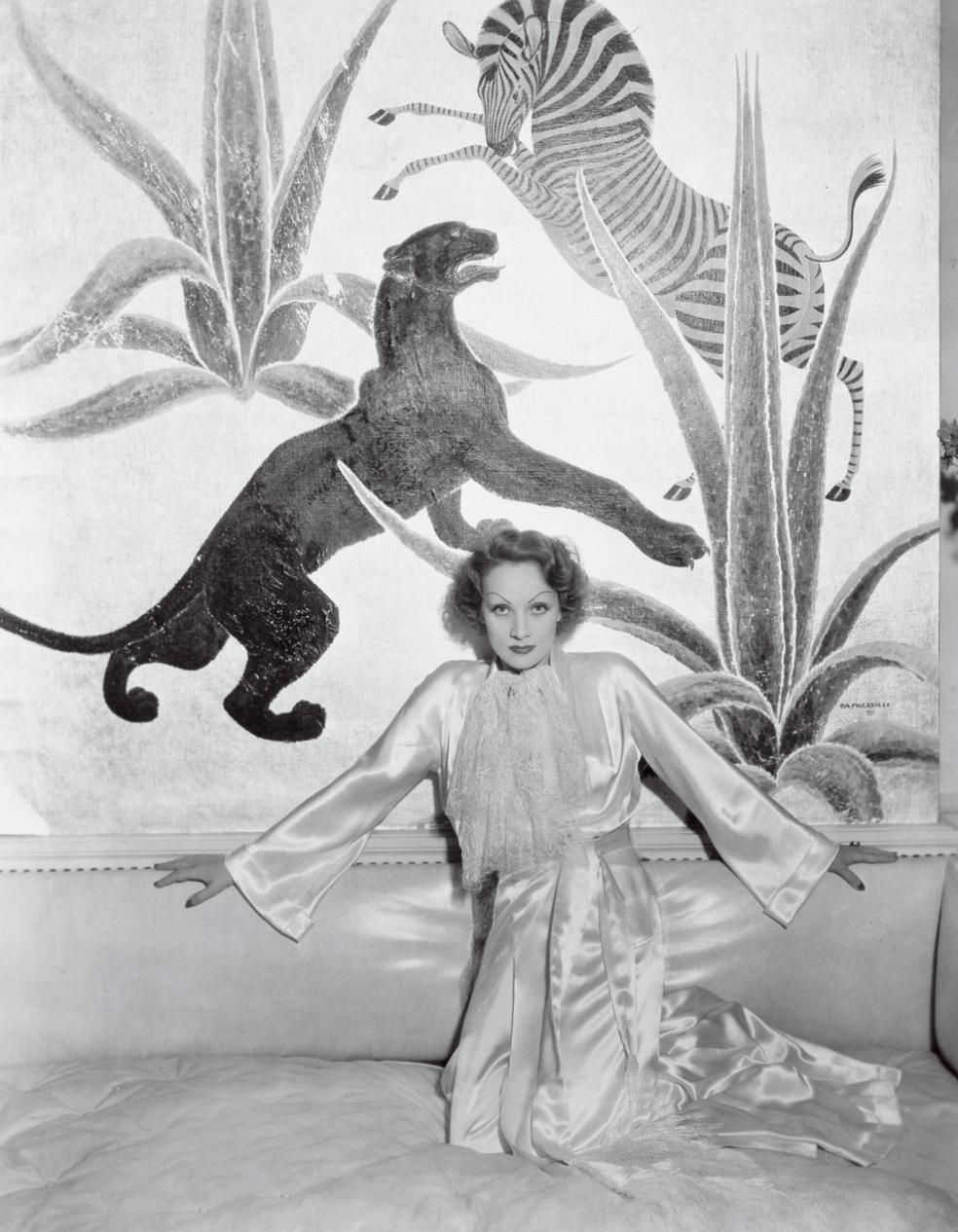 Marlene Dietrich on NORASIBLEY.COM