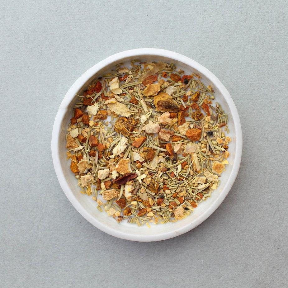 LEAVES & FLOWERS Tumeric Wellness Tea