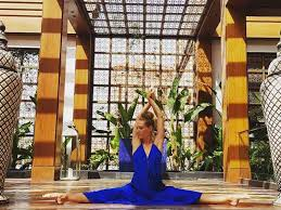 OM Yoga - Kariaa