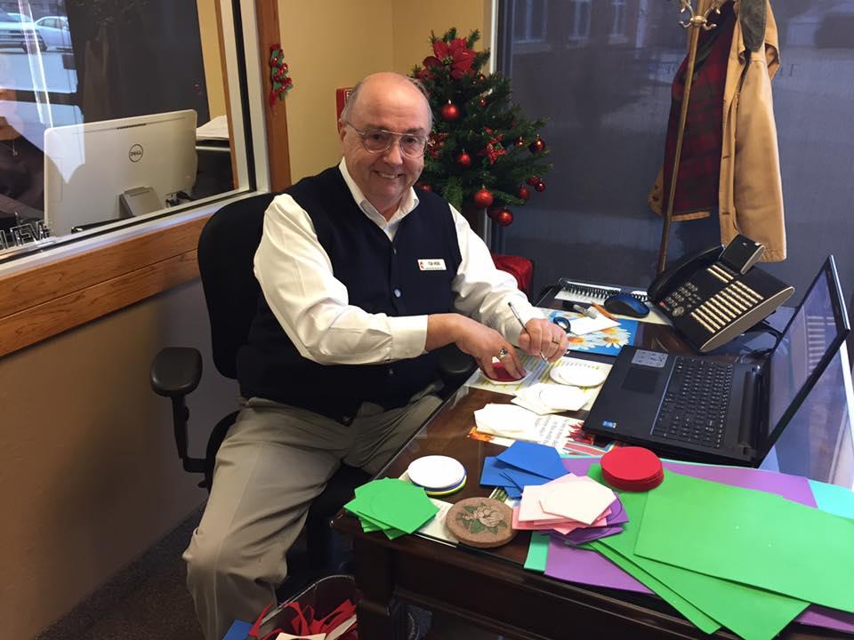 Front Desk Volunteers - good job Tom!