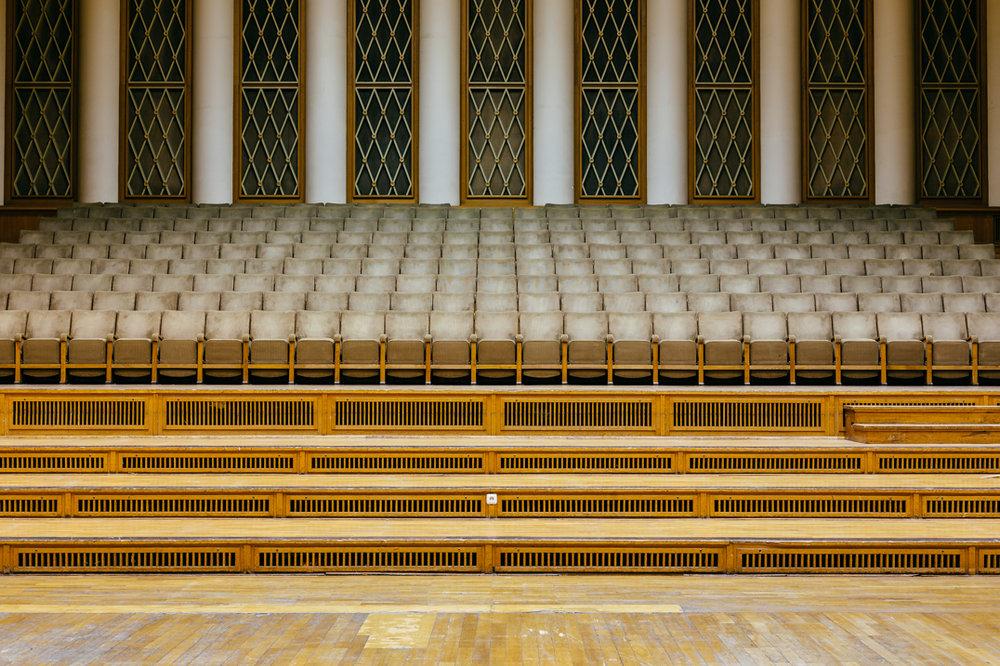 toi toi toi studio 1 seating funkhaus.jpg