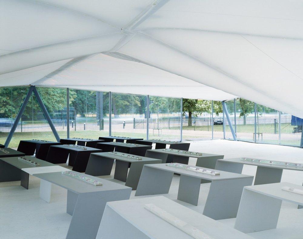Image 2 of 34   Serpentine Gallery Pavilion 2000 by Zaha Hadid