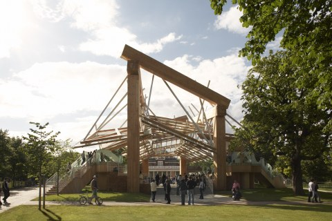 Image 13 of 34   Serpentine Gallery Pavilion 2008 by Frank Gehry
