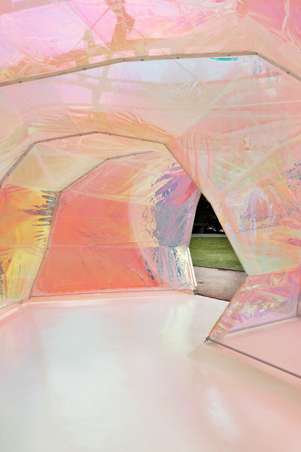 Image 28 of 34   Serpentine Gallery Pavilion 2015 by selgascano