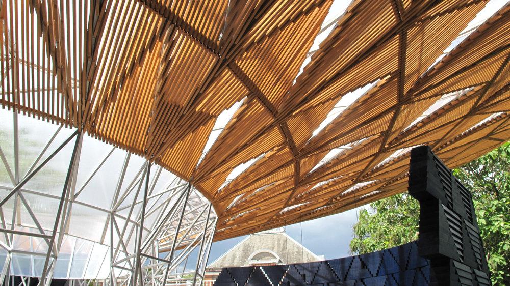 Serpentine_Pavilion_16_toitoitoiluv.jpg