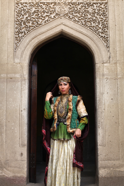 MODEL: AYNUR ORUJOVA-ALIYEVA