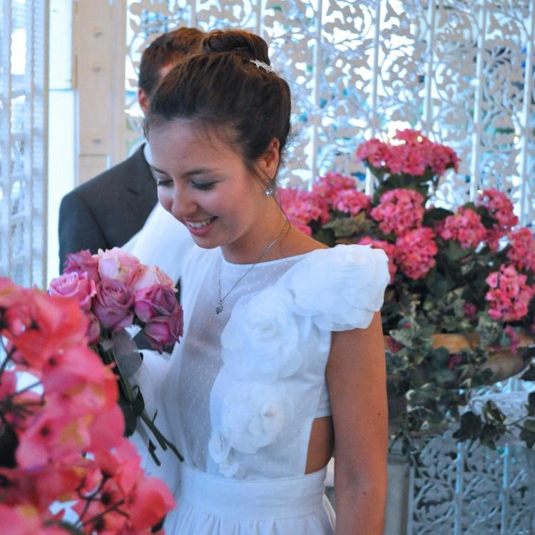SURPRISE THE BRIDE - Surprise Wedding Dress