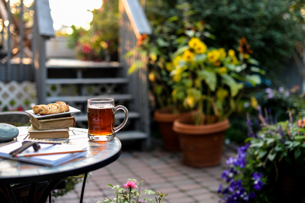 2-coffee in the backyard-61.jpg
