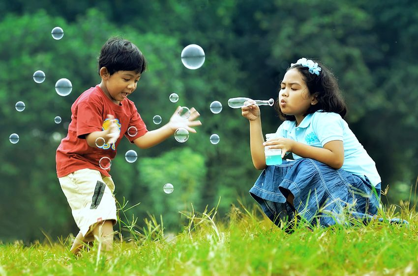 kids-blowing-bubbles.jpg