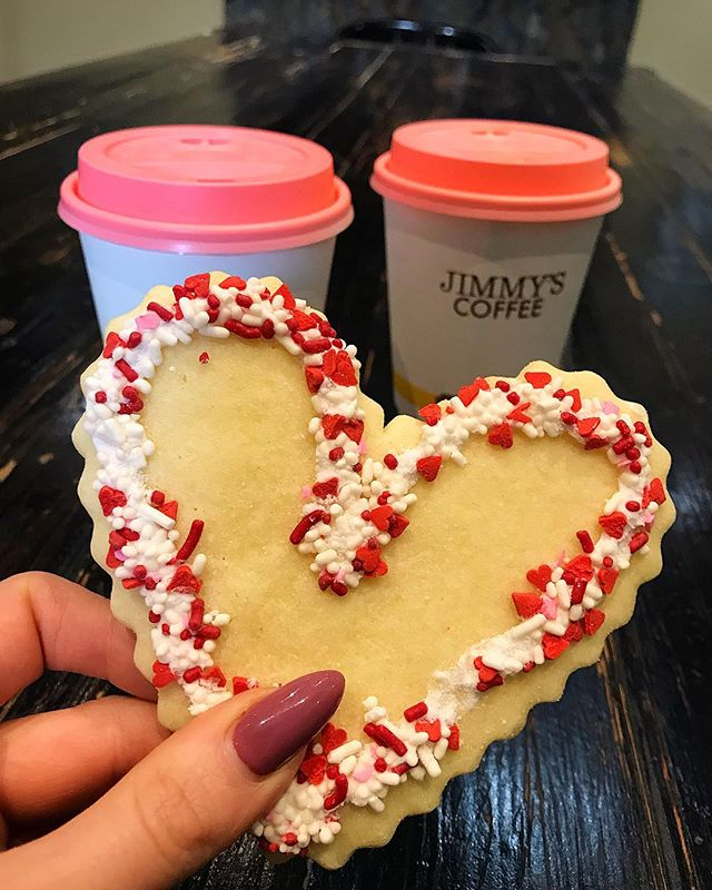Happy Valentines Day 💕 Make sure to snag a lovely heart cookie today!💛