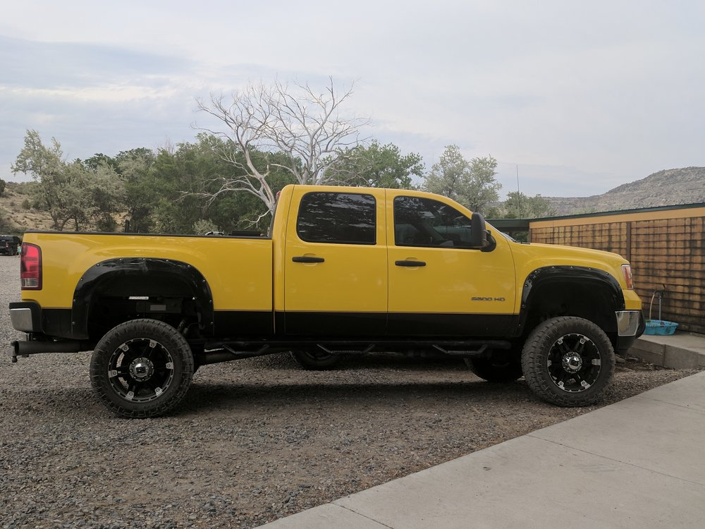 Yellow Dodge.jpg