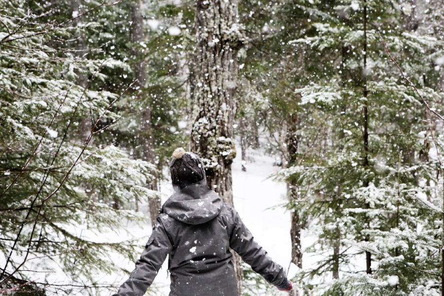 women in snow.jpg